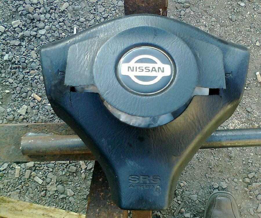 Подушка безопасности Ниссан-руль